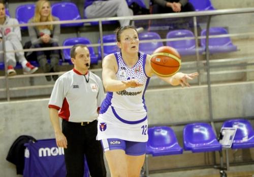 Iveta Šalkauskė karjerą tęs Marijampolėje